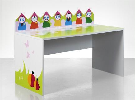 Skrivebord til barnerommet
